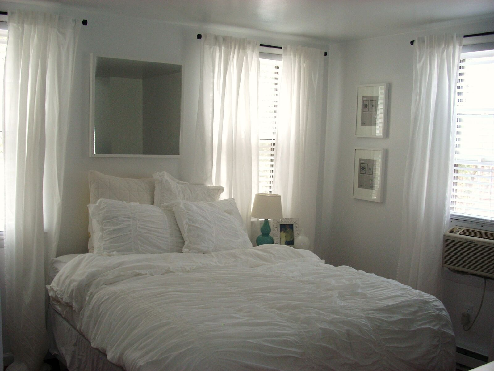 1511 Pine St - Studio bed_preview
