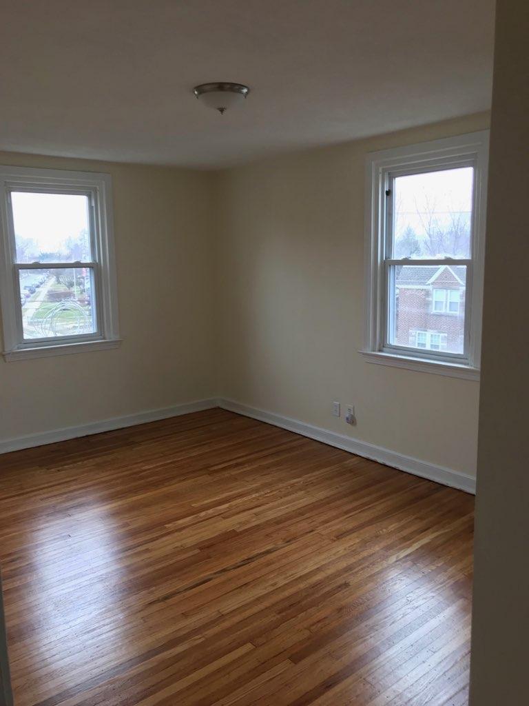 3848 Plumstead Bedroom 1.1