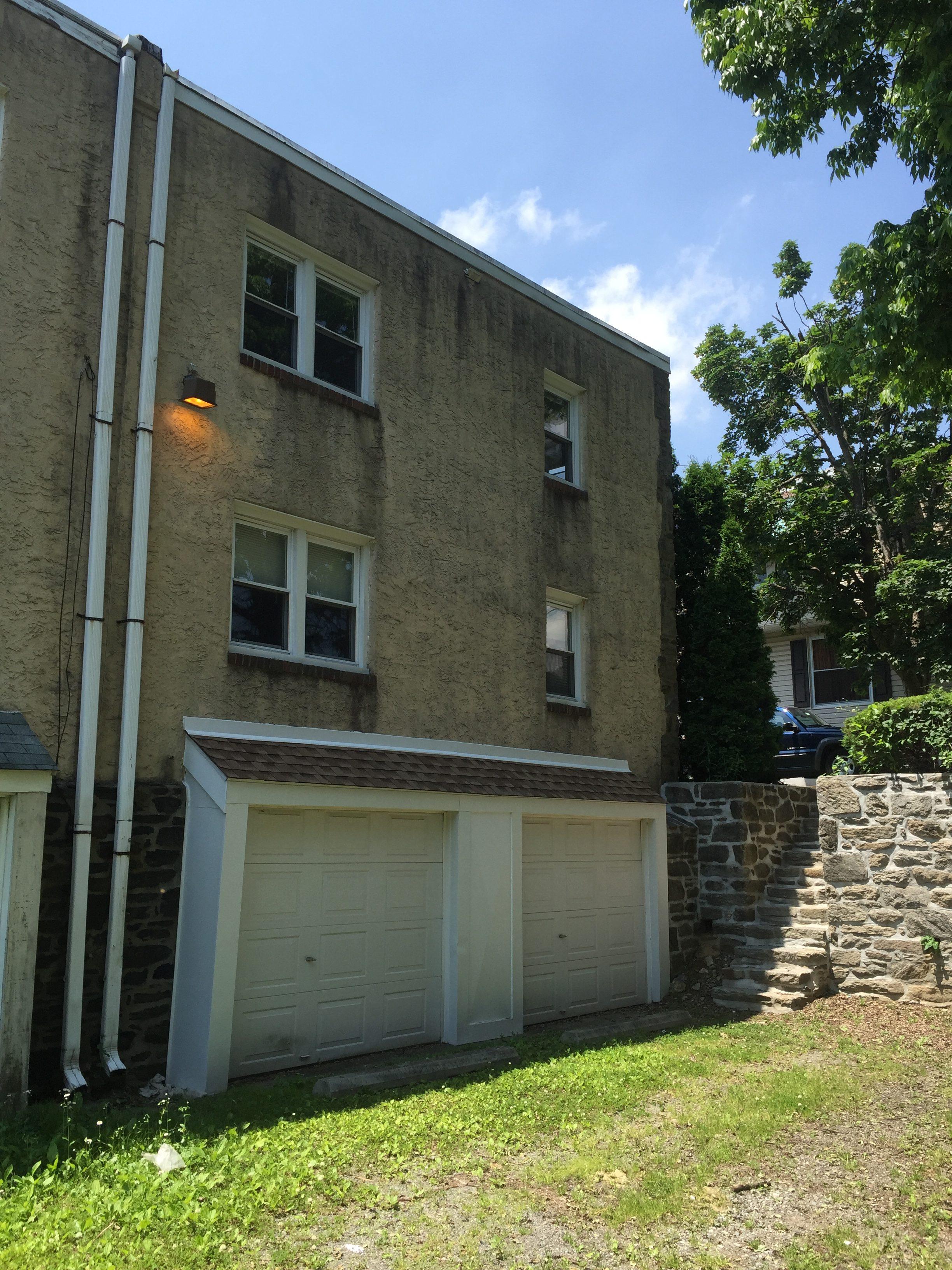 3983 – 3985 Vernon exterior garage doors