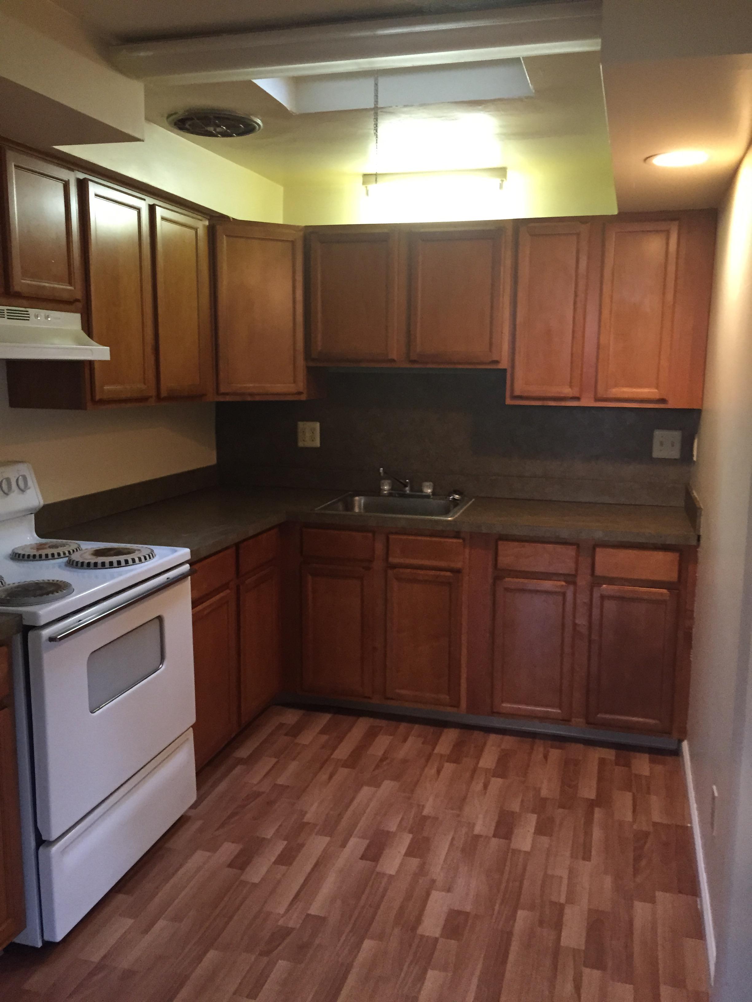4440-4442 State Kitchen