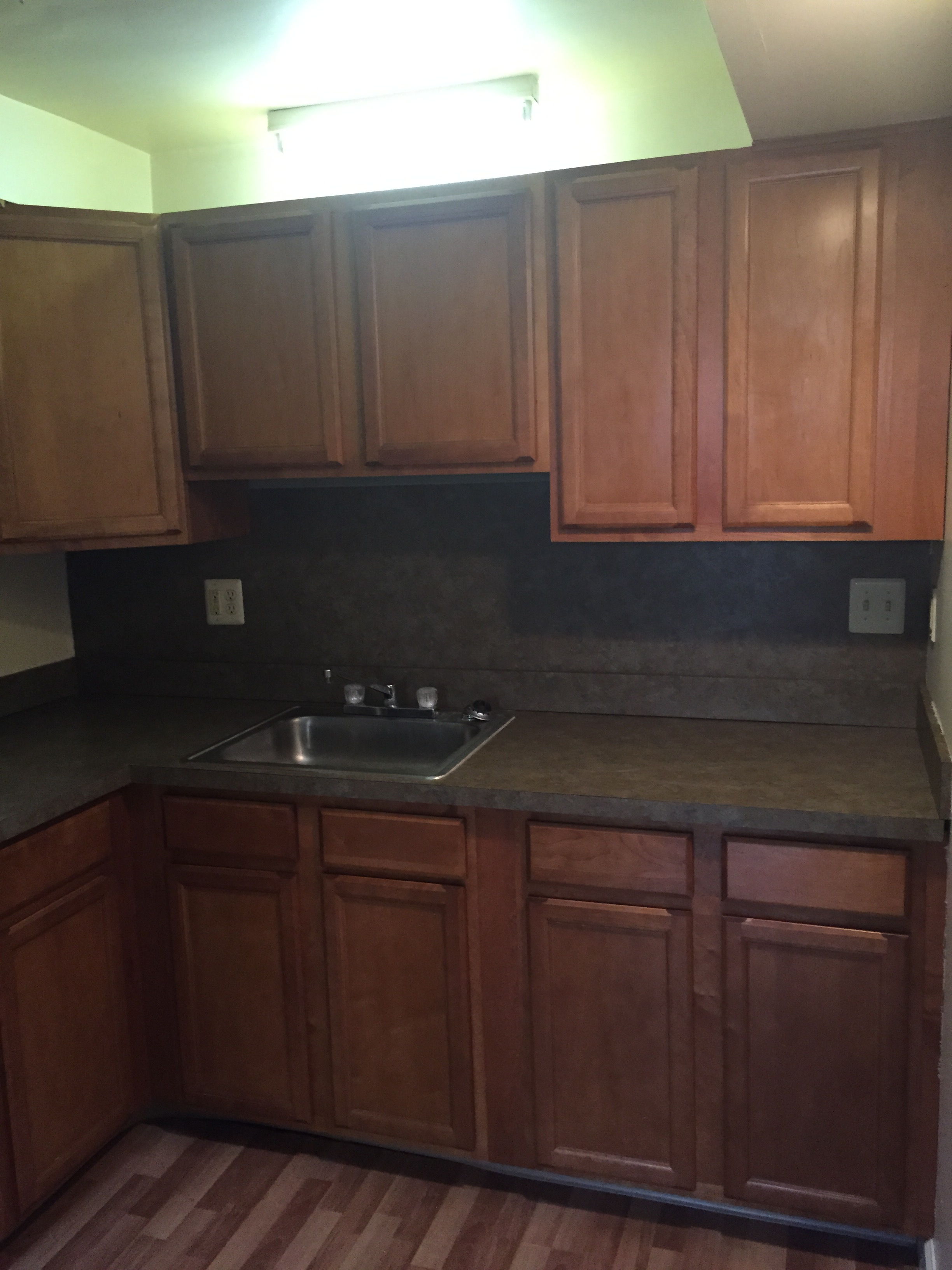 4440-4442 State Kitchen Sink