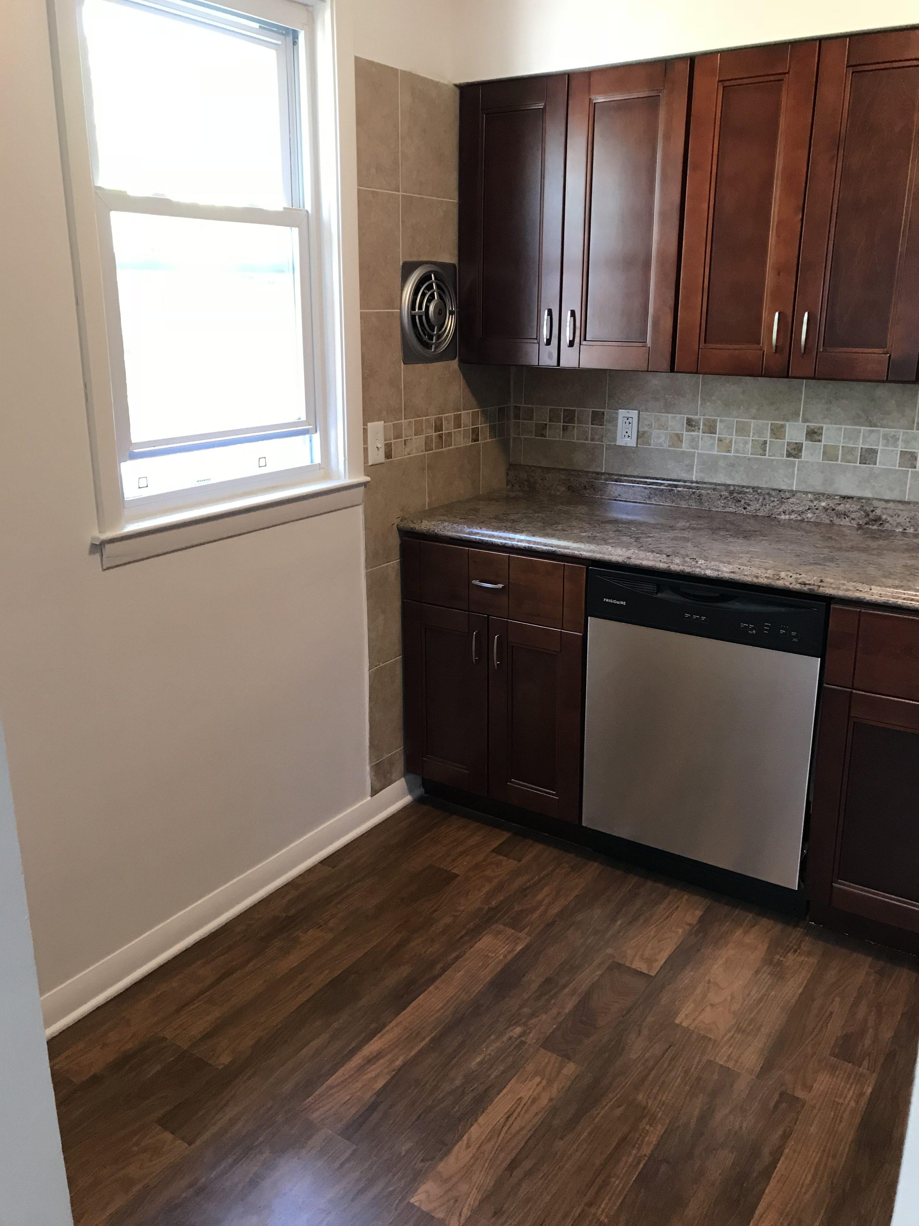 251 Blanchard kitchen