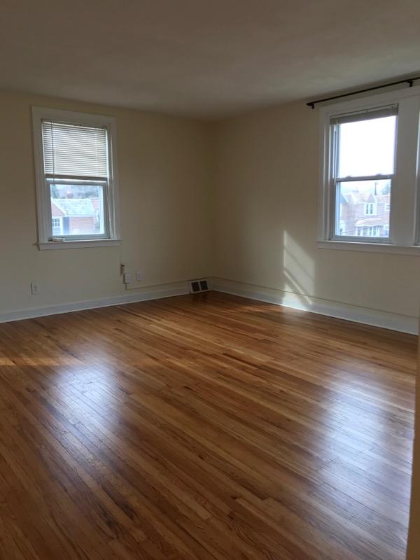 3848 Plumstead Living room 2nd image