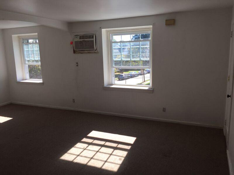 3983 – 3985 Vernon Living Room 3