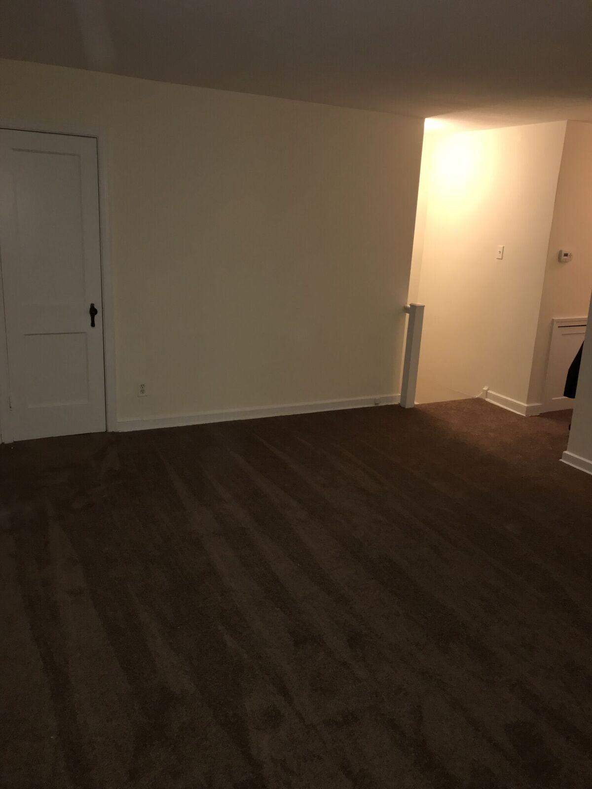 3826 Plumstead Living Room 3