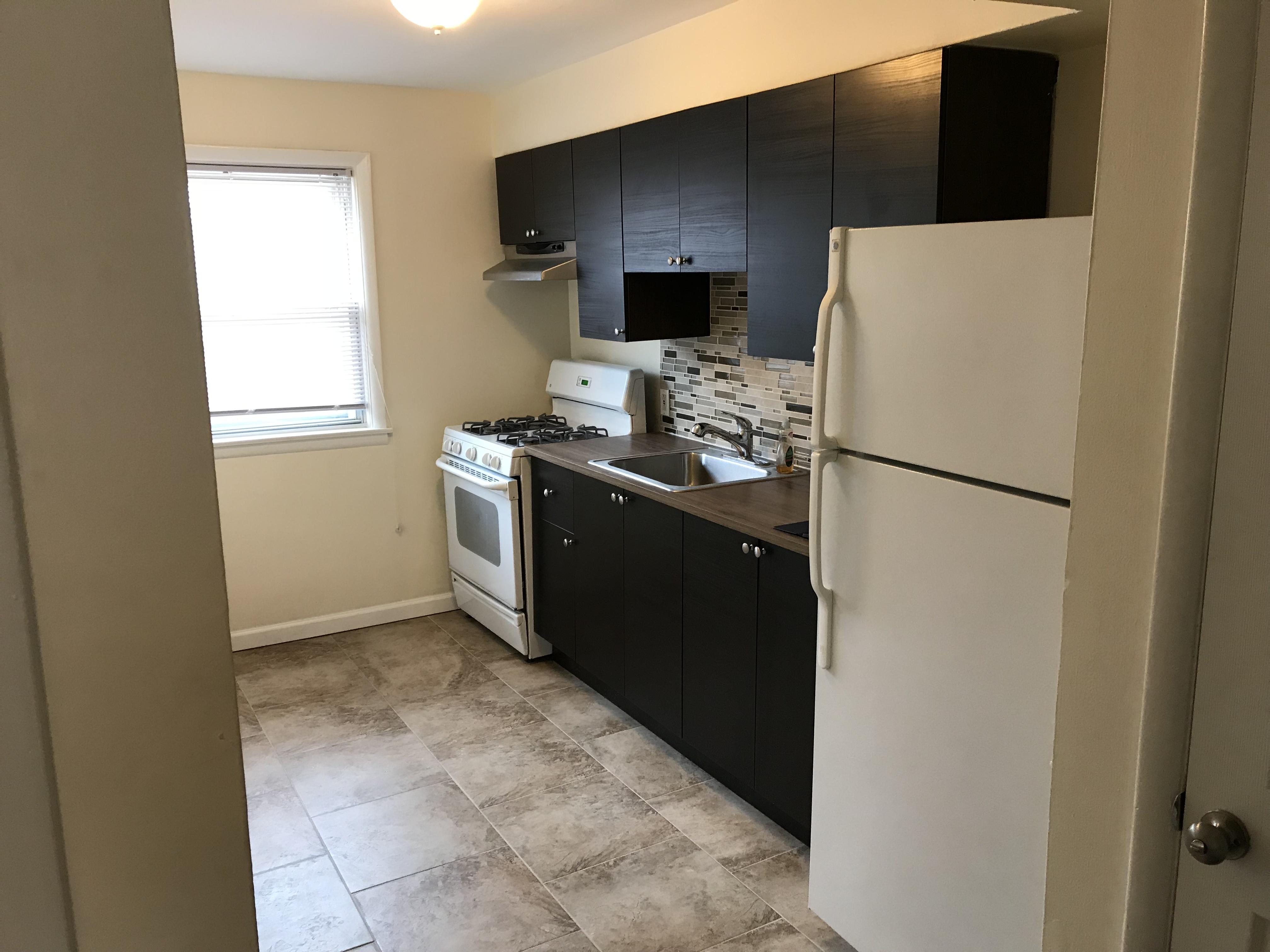 137 Bridge Kitchen