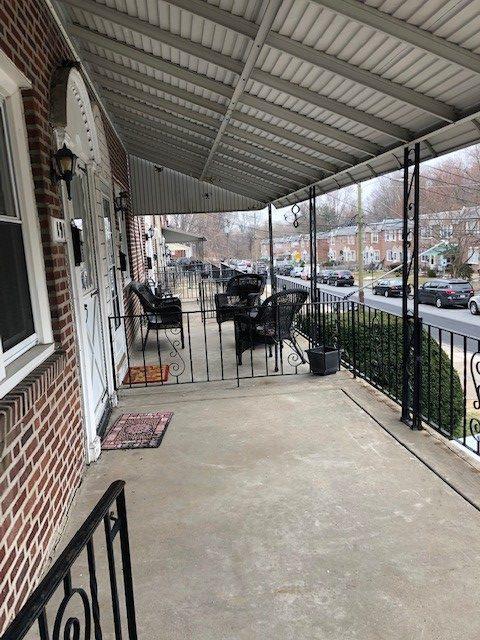 191 Blanchard Exterior Porch