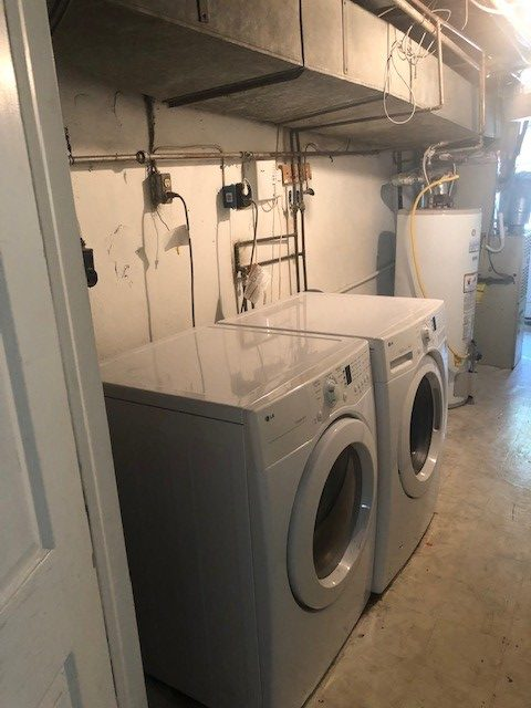 2223 Bond washer and dryer