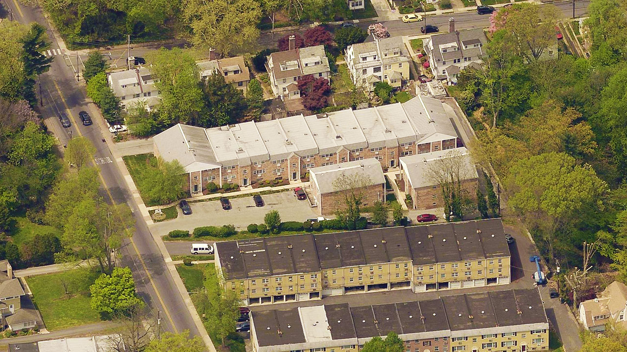 Ardmore Court aerial view of the property