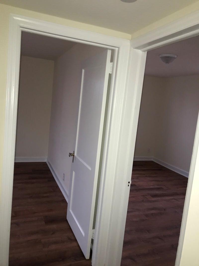 4241 Valley unit interior bedroom