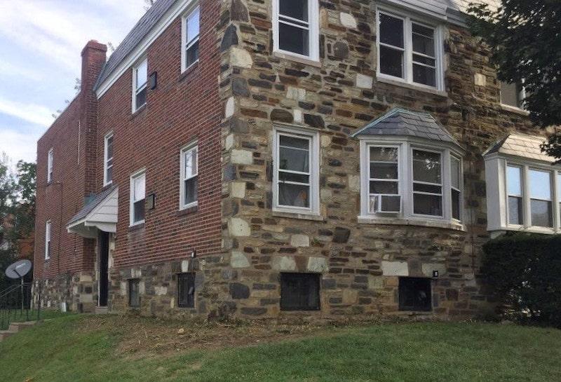 31 E. Lacrosse building exterior